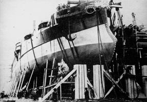 Броненосный корабль Чесма на стапеле перед спуском на воду, 6 мая 1886 года
